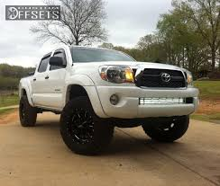tacoma grill light bar 2011 toyota tacoma moto metal mo962 rough country suspension lift 3in