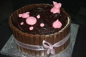 pigs in mud kitkat cake video tutorial the whoot