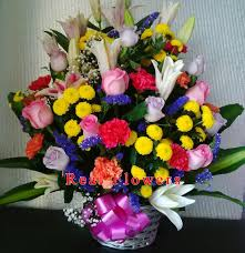 flowers arrangement mix flower arrangement gifting pleasure