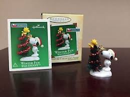 2004 hallmark miniature ornament winter with snoopy 7 in series