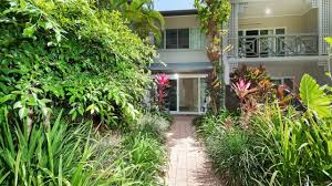 attenborough apartments cairns australia youtube