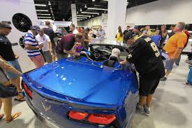 things to do in orlando thanksgiving weekend orlando auto show opens thanksgiving day orlando sentinel