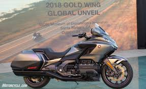 gold motorcycle top 10 facts about the 2018 honda gold wing