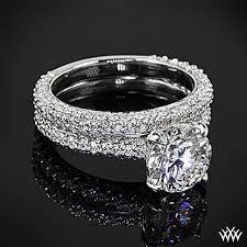 bague mariage or blanc les 25 meilleures idées de la catégorie bagues de diamant pavée