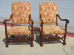 Antique Armchairs Decorating The Rooms With Antique Chairs Blogbeen