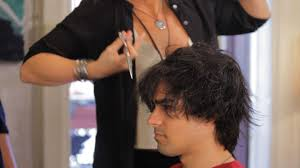 best men u0027s haircuts for short hair howcast the best how to