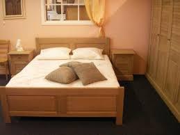 chambre à coucher en chêne massif meubles poitoux chambre à coucher adulte chambre à coucher