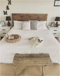 Ikea Schlafzimmer Kopfteil Bauernhaus Schlafzimmer Mit Hölzernem Bett Kopfteil Lapazca