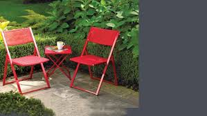 small outdoor furniture