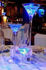 Submersible Led Light Centerpieces by There Are 16 Centerpieces Each Centerpieces Has Three Vases 6