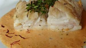cuisiner le corail de jacques queue de lotte rôtie et sa sauce corail crémée au vermouth recette
