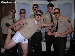 Reno 911 Halloween Costume Supertroopers Meet Reno911 Halloween Collegehumor