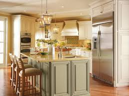 Crestwood Kitchen Cabinets Dynasty By Omega Melbourne Maple Oyster And Pesto Traditional