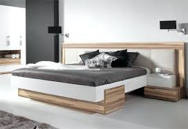 deco chambre tete de lit lit avec armoire en tete de lit tete lit deco murale chambre lit