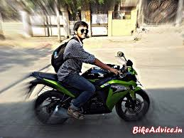 honda cbr showroom green honda cbr150r 10 months ownership user review