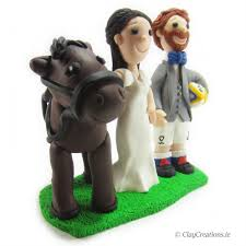 horse theme u2013 rugby groom and bride unique animal wedding cake