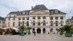 chambre de commerce orleans place du martroi the square of orleans stock image image