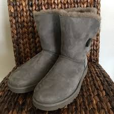 ugg boots sale size 2 ugg 2 day sale ugg gray bailey button from