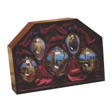 ne qwa nativity ornament set by artist stewart sherwood