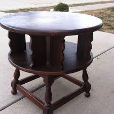 ethan allen dark antiqued pine old tavern revolving end table