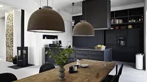 cuisine mur noir mur noir cuisine mur de cuisine orange avec meubles