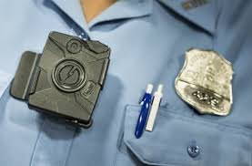taser stuns law enforcement world offers free body cameras to all