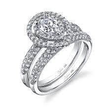 modern engagement rings modern pear shape diamond engagement ring