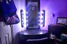 Lighted Bedroom Vanity Bedroom Vanity Table With Lighted Mirror Sets Lights Set Image Of