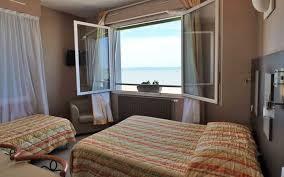 chambres d hotes chatelaillon hôtel restaurant acadie victor châtelaillon office de tourisme