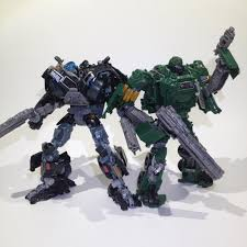 transformers hound weapons review transformers aoe voyager hound brownbox reviews