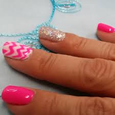 pink gel nails with chevrons and silver glitter naildesign