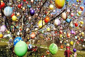 easter egg tree decorations 6 stylish eggs we want this easter decoration