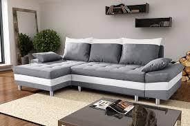 canapé convertible gris et blanc canapé d angle convertible en tissu et pu biagio avec coffre de