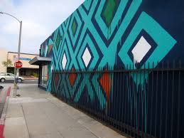 what started as effort to improve lincoln blvd now aims to this mural on the side wall of the printing palace on lincoln boulevard has generated attention