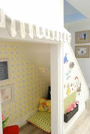 kinderzimmer trennen spielecke im kinderzimmer einrichten 45 bunte ideen