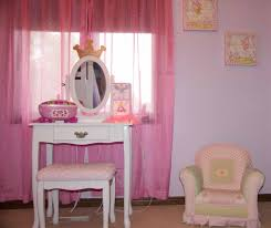decorating a shared kids room on a budget clutterbug