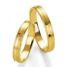 alliance en or duo d alliances breuning or jaune massif et or et diamants pour