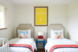 Small Bedroom Ideas For Two Beds Twin Bed Decorating Ideas Home Design Ideas