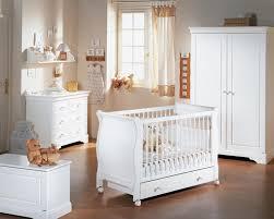meubles chambre bébé chambre bébé déco beaucoup de style dans cette chambre bébé avec