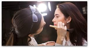 find makeup artists description of a makeup artist qc makeup academy