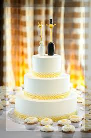 where to buy cake toppers wedding cake traditional wedding cake toppers wedding cake