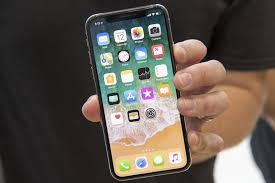 Iphone Maps Not Working Apple Hopes Iphone X Buyers Stay On Hold Wsj