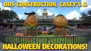 construction casey u0027s u0026 halloween decorations walt disney world