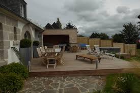 cuisine d été en bois cuisine d été extérieure finistère maisons bois acacia