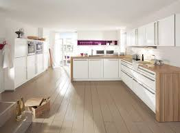 cuisine blanche plan travail bois beau cuisine design blanche avec cuisine blanche plan travail bois