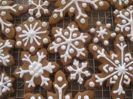 Decor Simple Decorating Gingerbread Decorate Ideas Classy Simple