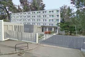 chambre universitaire aix en provence réhabilitation de la cité universitaire de l arc de meyran tpfi
