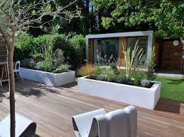 Modern Garden Design Ideas  White Stucco Planters For The - Home and garden designs 2