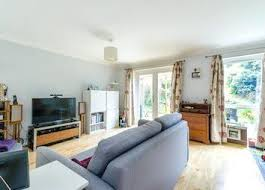 3 Bedroom House To Rent In Bromley 2 Bedroom Houses To Rent In London Zoopla