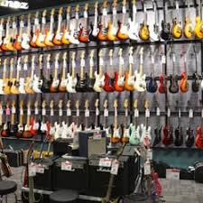 fender mustang guitar center guitar center 10 photos 28 reviews guitar stores 18420